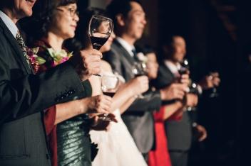 奶酒、台南婚禮主持、高雄婚禮主持、南部主持人、中部婚禮主持、南部婚禮企劃、南部婚禮主持、樂玩創意、相信樂團、中部婚禮企劃、婚禮策劃、活動主持、春酒尾牙主持、婚禮顧問、婚禮司儀、評價推薦、台南晶英酒店